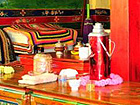 http://www.chinatourguide.com/china_photos/tibet/attractions/local_house_tibet_s.jpg